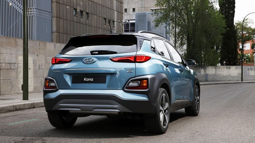 2018 hyundai kona first drive review price release date Hyundai Kona Release Date