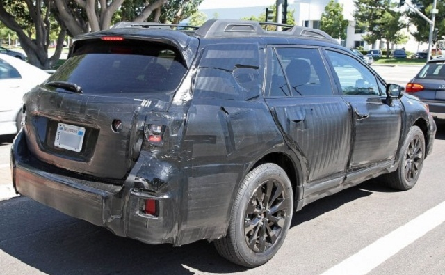 2018 subaru outback cosmetic changes and a new engine Subaru Outback Spy Photos