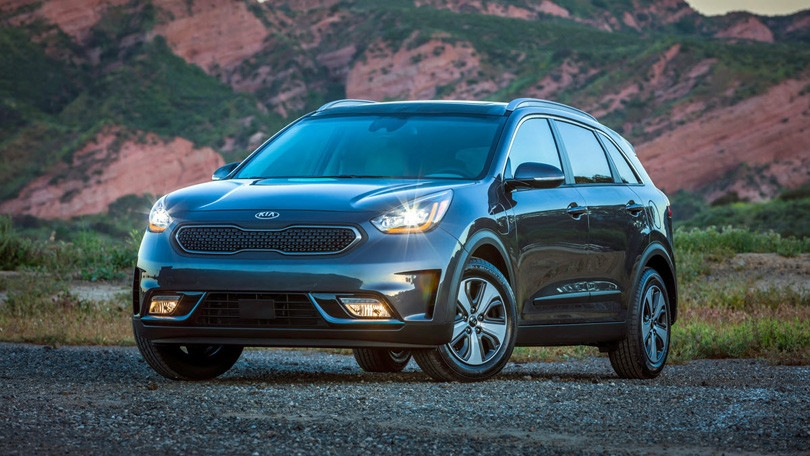 2019 kia niro plug in hybrid review rating pcmag Kia Niro PlugIn Hybrid