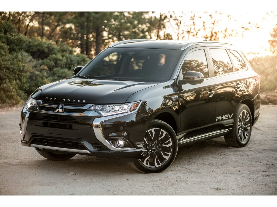 2019 mitsubishi outlander prices reviews and pictures Mitsubishi Outlander Review