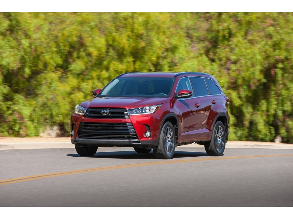 2019 toyota highlander prices reviews and pictures us Toyota Highlander Configurations