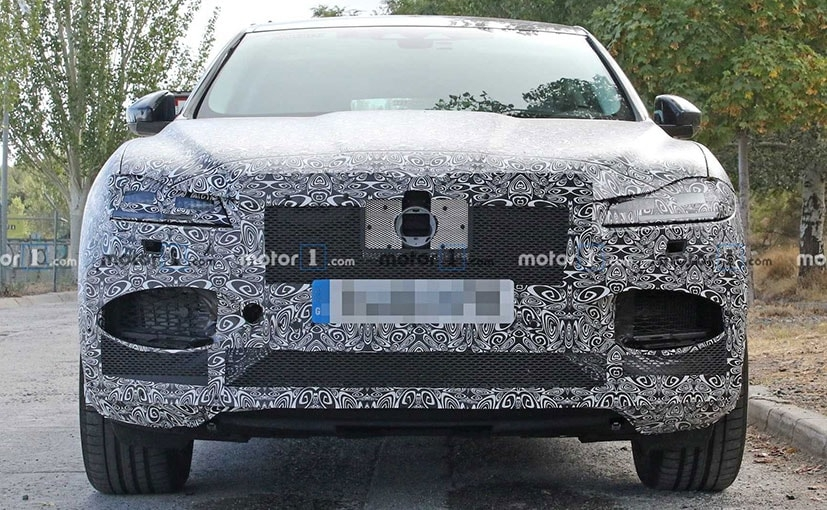 2020 jaguar f pace spotted testing for the first time Jaguar F Pace Facelift