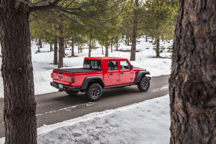 2020 jeep gladiator mpg out how does it compare pickup Jeep Gladiator Gas Mileage