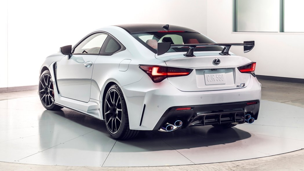 2020 lexus rc f and track edition quick drive get the Lexus Rc F Track Edition