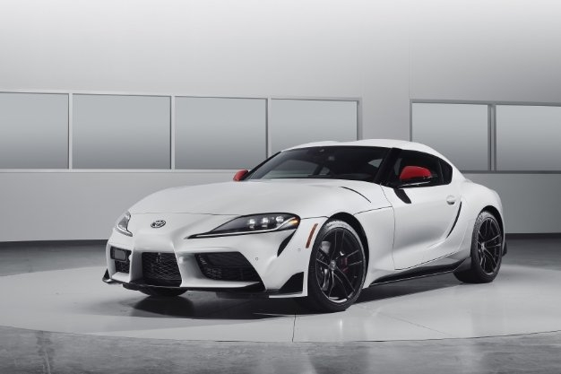 2020 toyota supra gets official unveil with 335 hp 0 60 in Toyota Supra Zero To Sixty