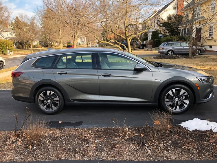 buick regal tourx station wagon review pictures business Buick Regal Station Wagon