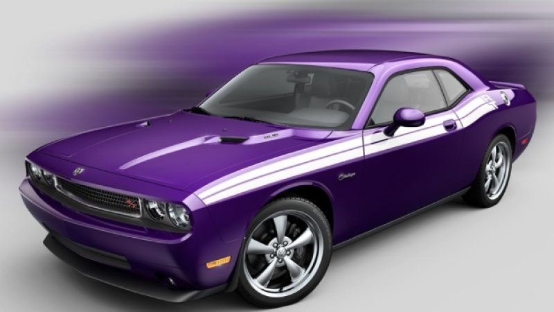 dodge challenger goes plum crazy purple for 2010 autoblog Dodge Barracuda Purple