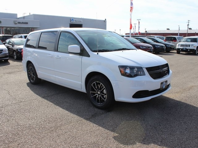 new 2018 dodge grand caravan se passenger van in ontario Dodge Grand Caravan Se Plus