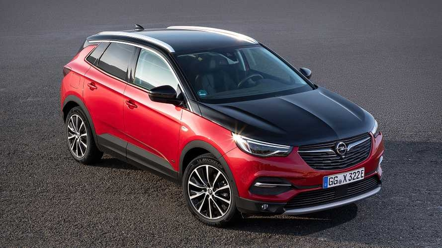 opel grandland x plug in hybrid4 unveiled with 300 hp and awd Opel Grandland X Hybrid