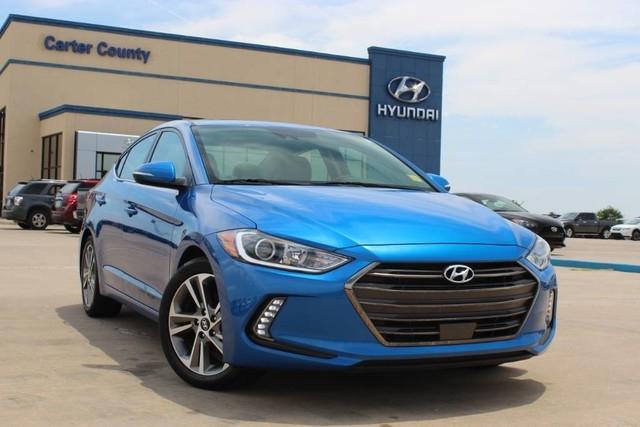 pre owned 2018 hyundai elantra limited low miles low payments and great vehicle front wheel drive sedan Hyundai Elantra Limited