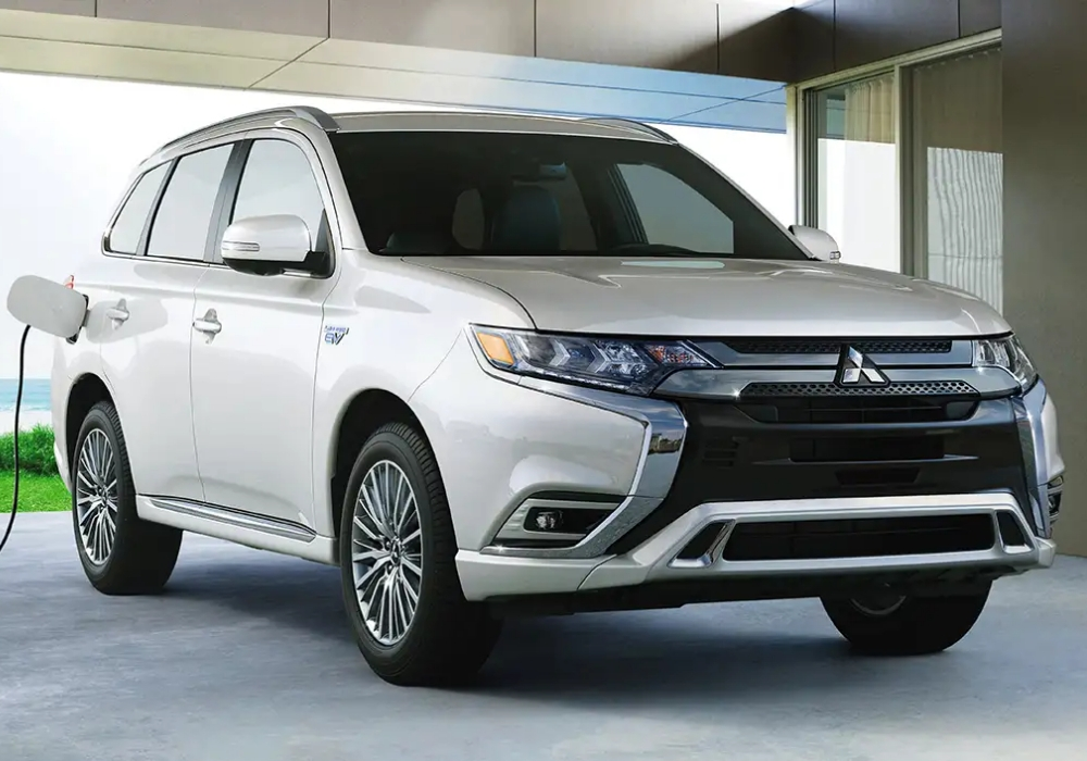 the 2020 mitsubishi outlander phev gets upgrades Mitsubishi Outlander Phev Usa