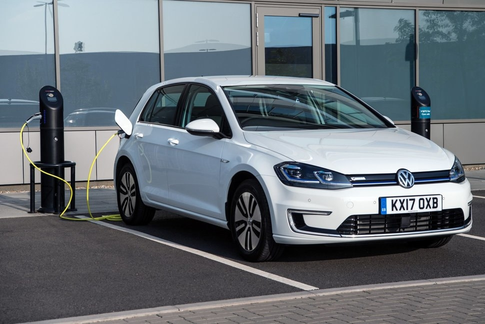 volkswagen e golf review an electric emission free golf Volkswagen Golf Electric