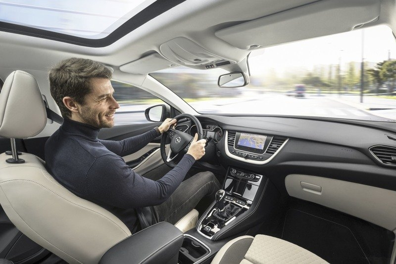 2018 opel grandland x top speed Opel Grandland X Interior