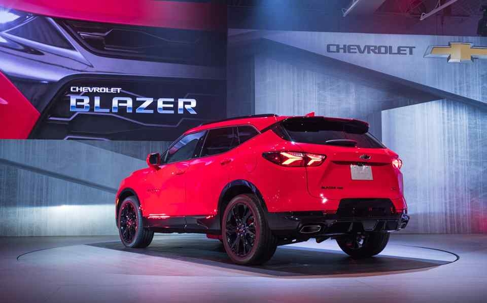 chevrolet blazer resurrected as smaller c segment crossover Chevrolet Blazer Philippines