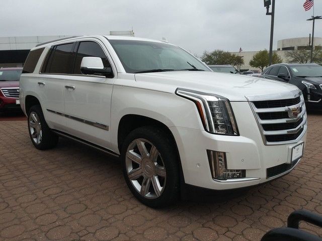 pre owned 2017 cadillac escalade premium luxury rear wheel drive suv offsite location Cadillac Escalade Premium Luxury