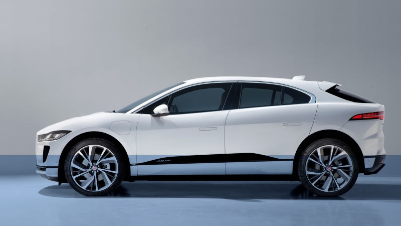 the electric 2019 jaguar i pace can wade through 19 inches Jaguar IPace Electric Cars