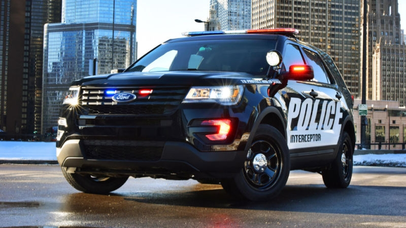 what the police spec 2016 ford explorer has that your moms Ford Police Interceptor Utility Specs
