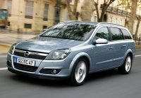 opel astra station wagon 2004 poster Opel Astra Station Wagon