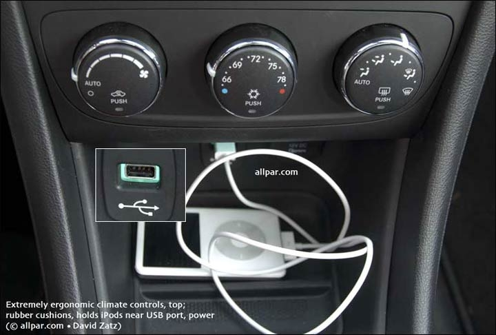 2011 dodge avenger lux car reviews Dodge Caravan Usb Port