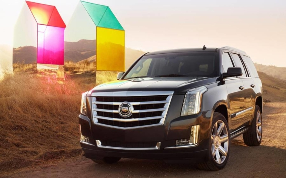 2015 cadillac escalade unveiled get the latest car news Cadillac Escalade Unveiling