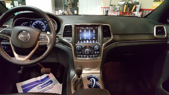 2016 jeep grand cherokee interior pictures cargurus Jeep Grand Cherokee Interior