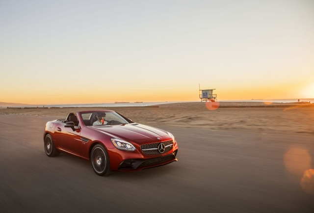 2019 bmw z4 vs 2019 mercedes benz slc class the car connection Bmw Z4 Vs Mercedes Slc