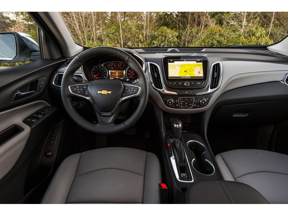 2019 chevrolet equinox 131 interior photos us news Chevrolet Equinox Interior