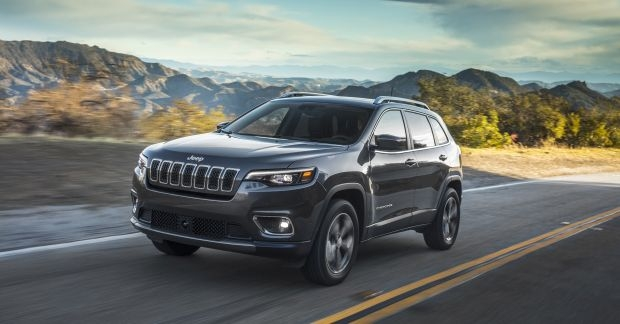 2020 jeep cherokee preview release date pricing and changes Jeep Cherokee Release Date