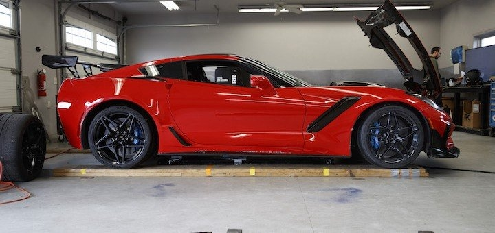 c7 corvette zr1 posts a wicked eight second quarter mile Chevrolet Corvette Zr1 Quarter Mile