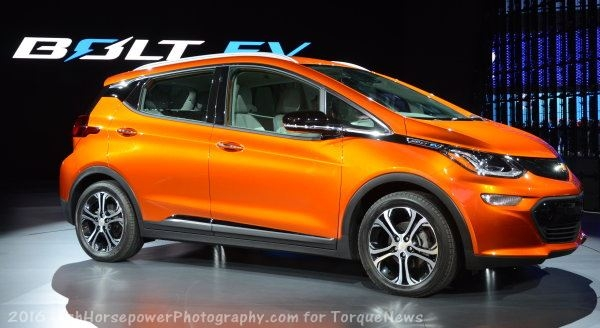chevrolet bolt ev packs 200hp 266tq and 200 miles of Chevrolet Bolt Ev Range