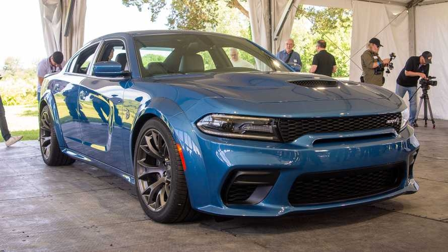 dodge charger widebody debuts for hellcat and scat pack Dodge Charger Scat Pack Widebody
