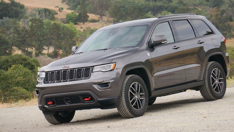 eight plug in hybrids coming to jeep lineup 2021 roadshow Jeep Grand Cherokee Hybrid