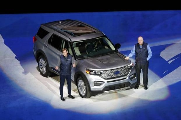 ford unveils new explorer what is different in new suv Ford Unveils The New Explorer