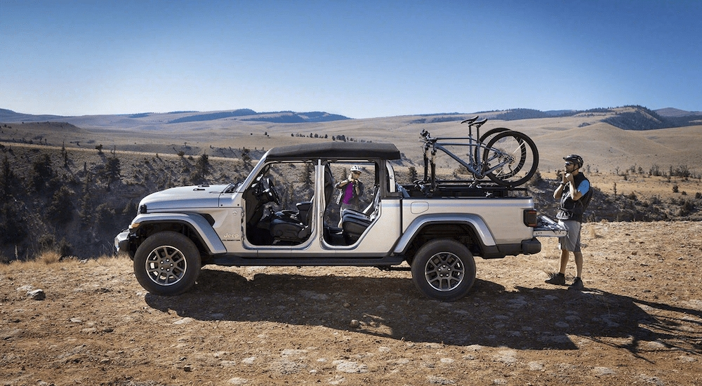 get ready for the first open air truck the 2020 jeep Jeep Gladiator Gas Mileage