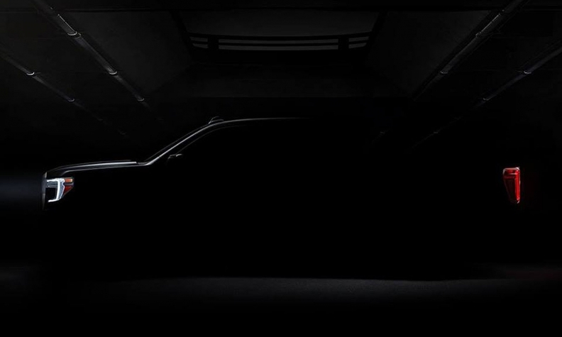 gm teases next gen gmc sierra ahead of detroit debut Gmc Hints At Face Of Sierra
