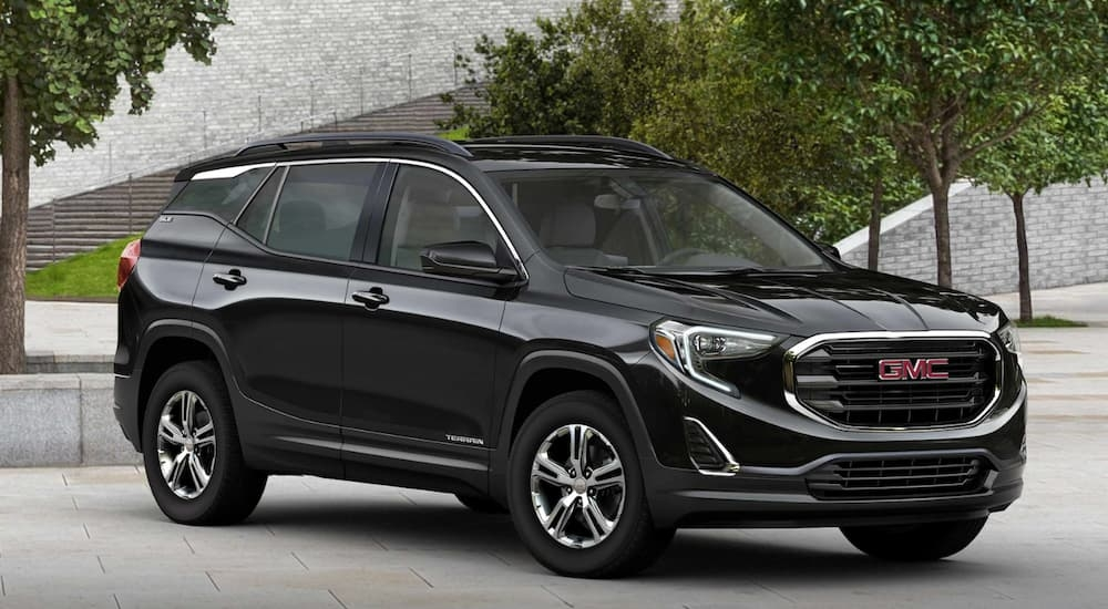 how the 2019 gmc terrain and the 2019 jeep cherokee stack up Gmc Terrain Vs Jeep Cherokee