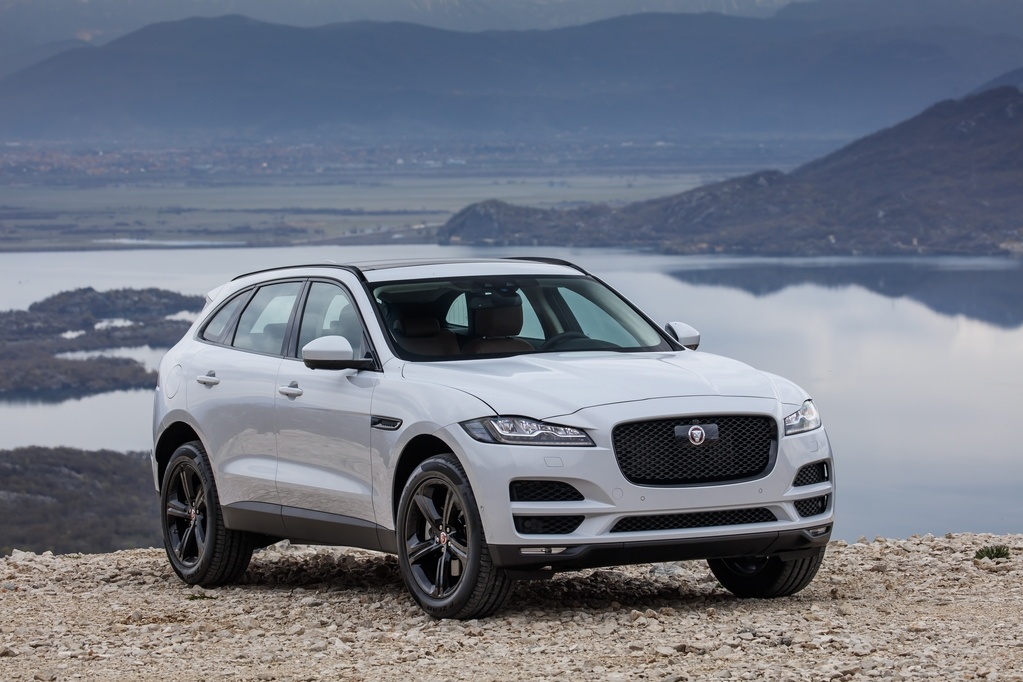 jaguar updates f pace for 2020 android auto and apple Jaguar F Pace Apple Carplay