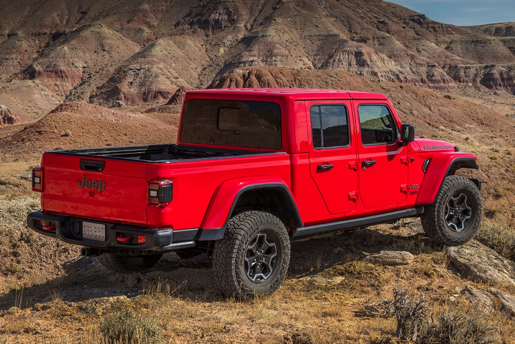jeep gladiator vs jeep wrangler whats the difference Jeep Gladiator Dimensions
