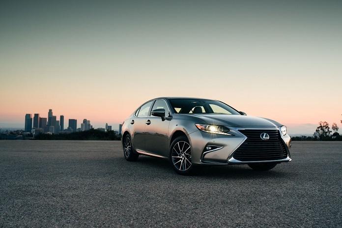 toyota avalon lexus es both earn a spot on this us news Lexus January Incentives
