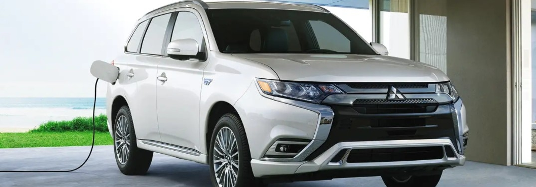 what is the driving range of the 2020 mitsubishi outlander phev Mitsubishi Outlander Phev Range