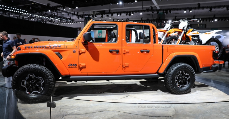 what we saw and learned about the jeep gladiator at its Jeep Gladiator Jt Pickup