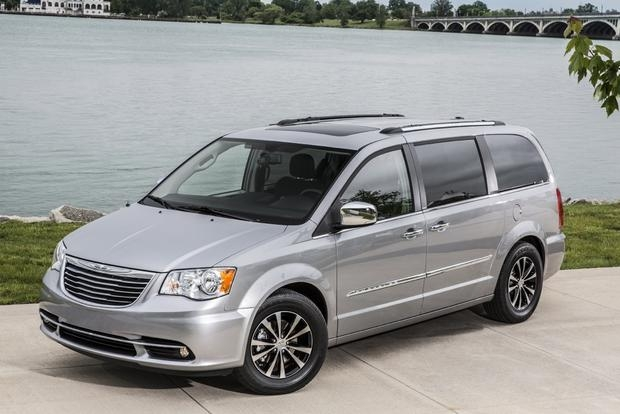2020 chrysler town country vs 2020 dodge grand caravan Dodge Town And Country
