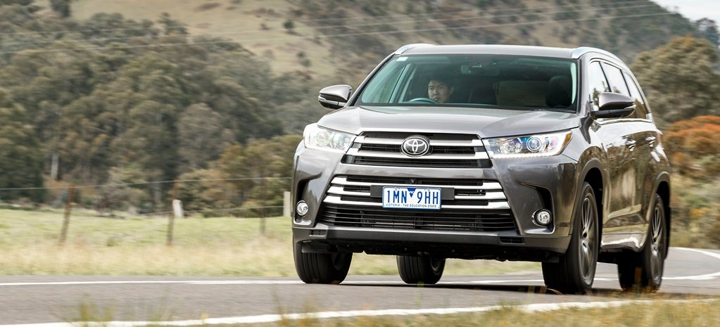 Permalink to Toyota Kluger Grande Review