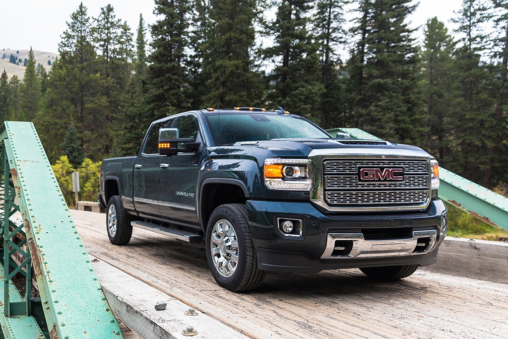 2020 gmc sierra 2500hd review autotrader Gmc Sierra 2500hd Gas Engine