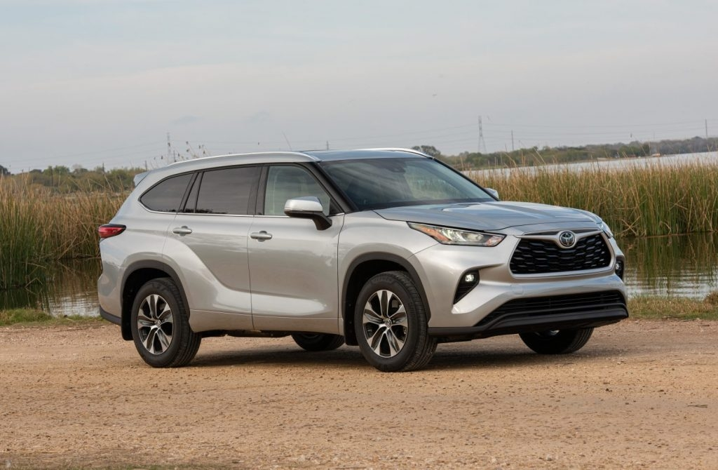 auto review a vehicle sure to excite any parent the 2020 Toyota Highlander Review