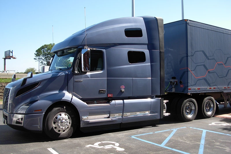 review test driving volvos new vnl class 8 truck lineup Volvo Vnl 860 Globetrotter