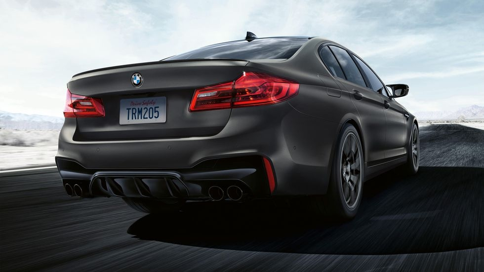 2020 m5 edition 35 years is a dark gray homage to bmws Bmw M5 Edition 35 Years