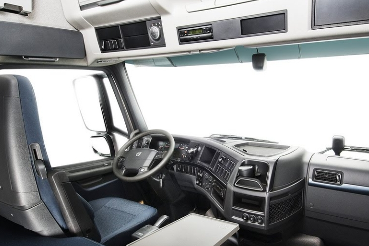 74 the volvo truck 2020 interior performance and new engine Volvo Globetrotter 2020