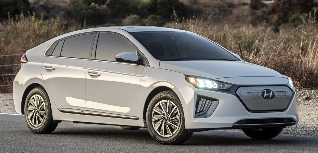 Best 2020 hyundai ioniq hybrid plug in hybrid and electric the Hyundai Ioniq Plug In Hybrid 2020 Interior
