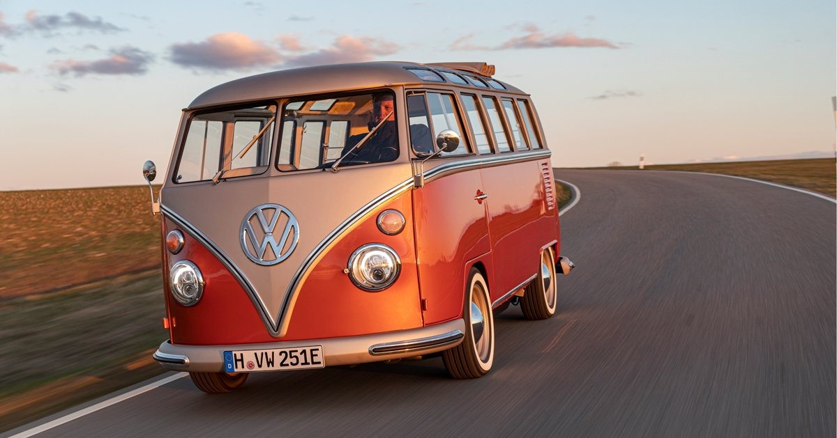 Best volkswagen unveils e bulli a 60s conversion with a 2020 Volkswagen Bulli 2020 Rumors